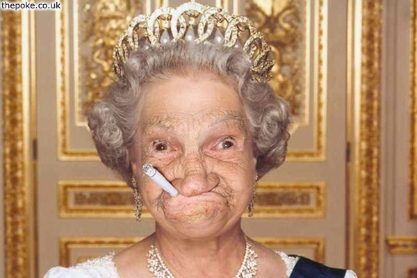 Harry tweets pic of Queen gurning