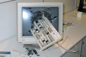 smashed_computer