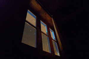 open_curtains