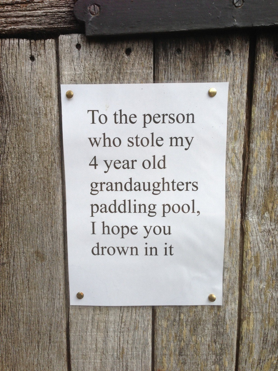 22 Outstanding Neighbour Complaint Notes The Poke