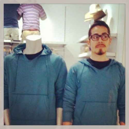 Blog Of The Day: The Gap Mannequin Project The Poke