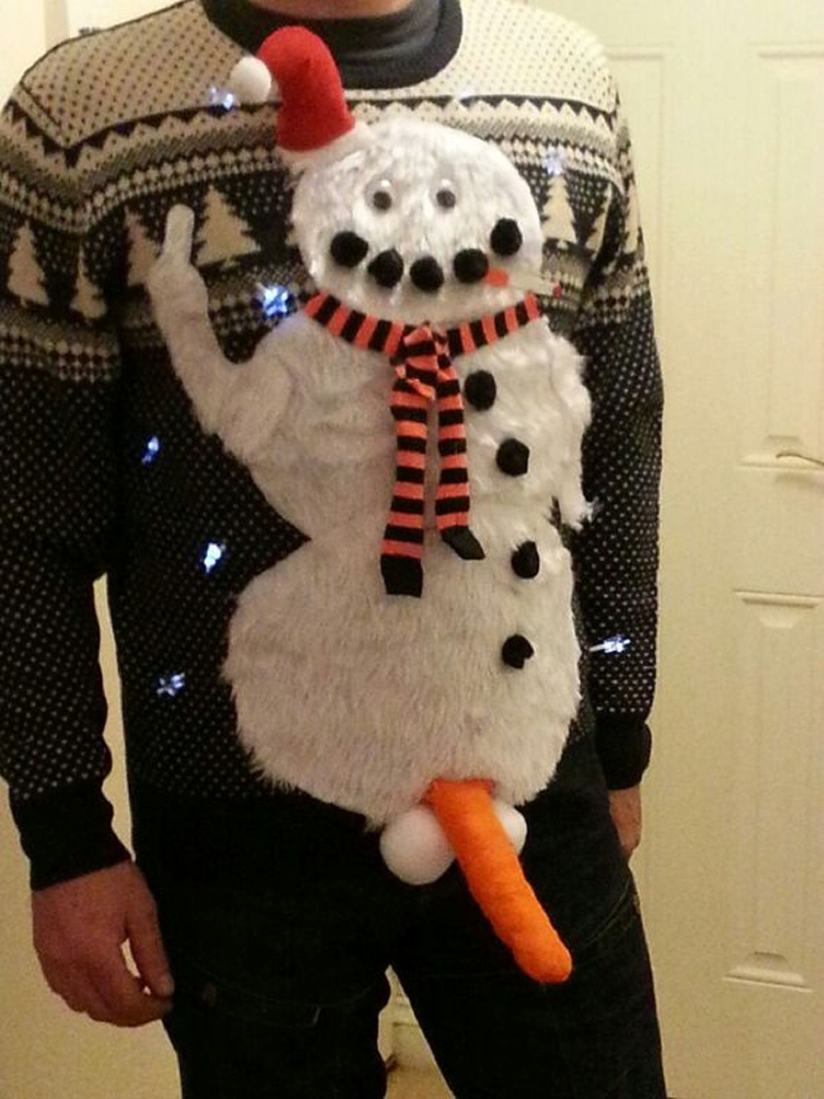 You can stop searching: the best Christmas jumper has been found ...